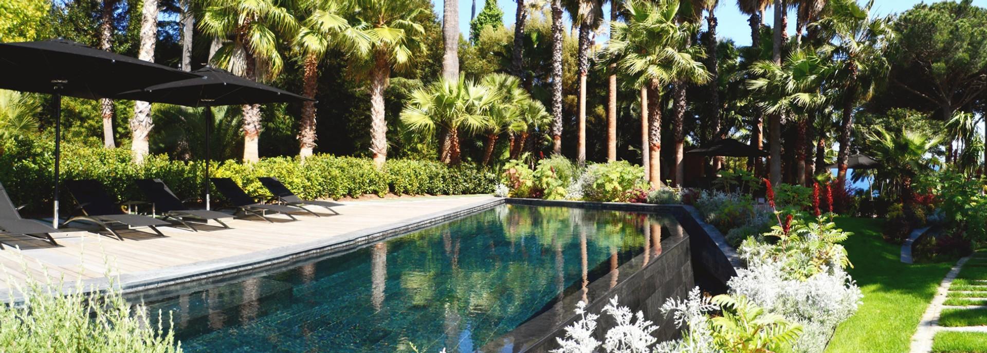 Atrium paysage p pini re cr ations et maintenance de for Jardins et espaces verts